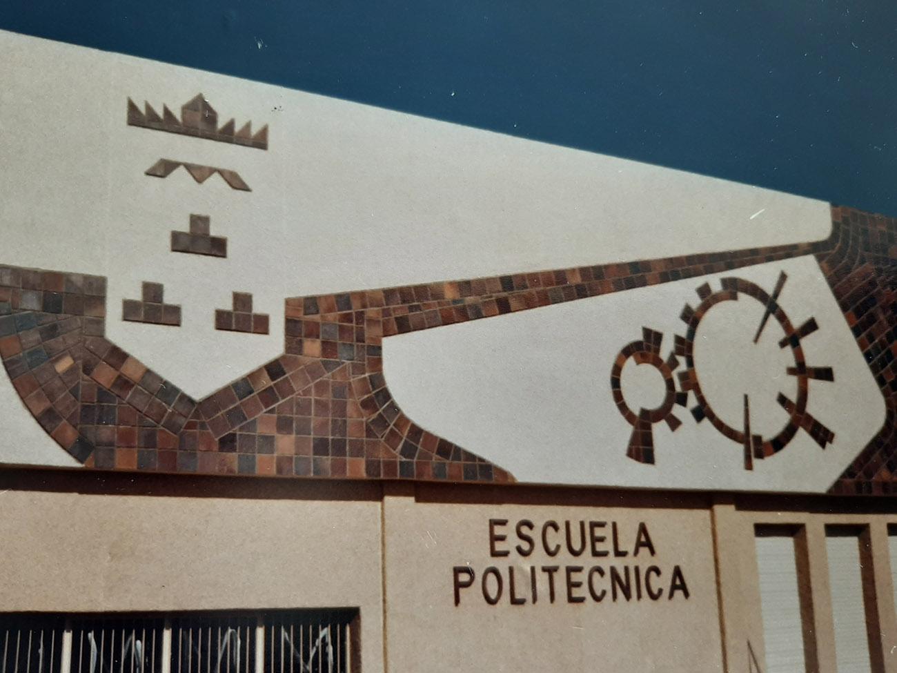 Juan Amo. (1984). MURAL Fachada Escuela Universitaria Politécnica de Albacete. 50 m2